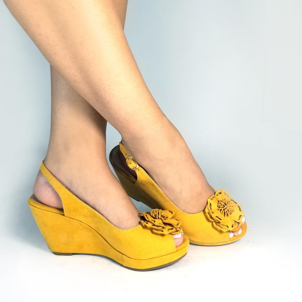 0d098e2c Plataforma mujer S694 en colores negro, miel, mostaza y nude. Zapatos Mujer.