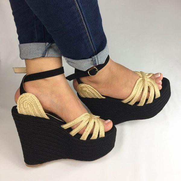 Zapatos plataforma en colores negro, azul y champagne. Zapatos Mujer. Calzado Espia, Fabricante de zapatos para Mujer. Tienda virtual ColombiaZapatos plataforma en colores negro, azul y champagne. Zapatos Mujer. Calzado Espia, Fabricante de zapatos para Mujer. Tienda virtual Colombia
