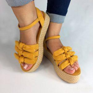 Zapatos plataforma plana en colores negro, nude y mostaza. Zapatos Mujer. Calzado Espia, Fabricante de zapatos para Mujer. Tienda virtual Colombia