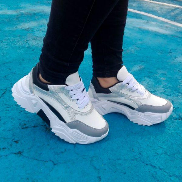 Zapatos tennis sneakers en color gris. Zapatos Mujer. Calzado Espia, Fabricante de zapatos para Mujer. Tienda virtual Colombia